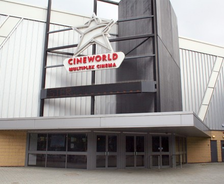 Aluminium Shop Front System For Cineworld