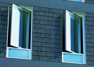 Pivot Window Vertical - Aluminum Solutions